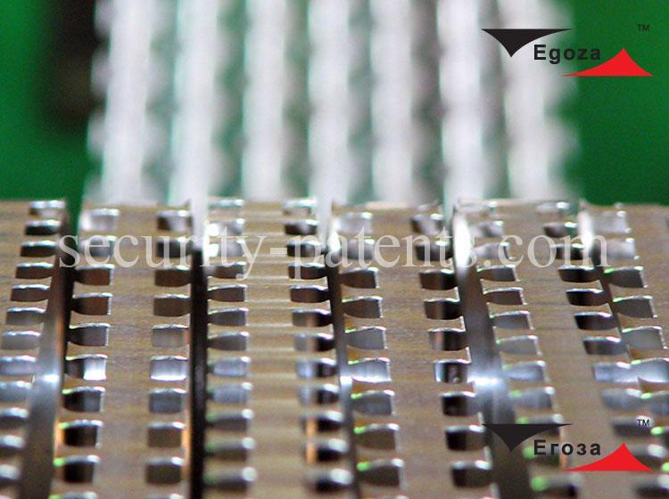 Technologie et staple pour la production de bande barbelée